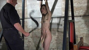 Agony of Elise Graves in facial humiliation and extreme whipping of american sla