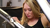 AJ Applegate Gets Facialed In An Olds Mobile