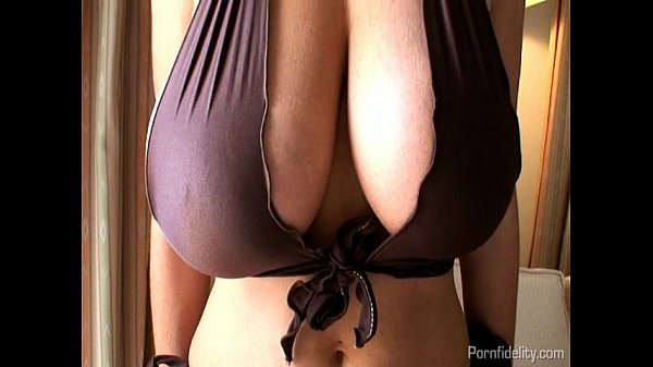 Busty Wife Having Hot Sex On Her Vacation