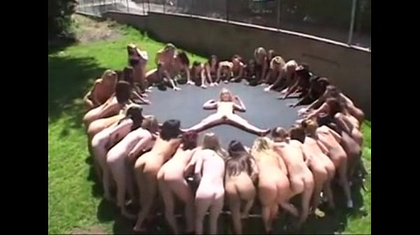 Lesbian piss&squirt party