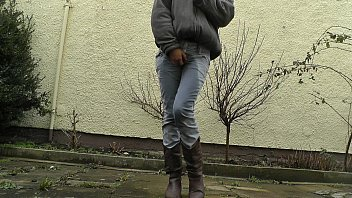 HD desperately waiting with full bladder, jeans wetting