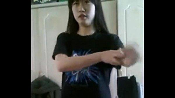 少女自拍拿小黃瓜自慰 - Video - ThisAV.com-世界第一中文成人娛樂網站