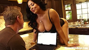 Stop Working And Fuck Me Honey, Said Kiara Mia 31 min
