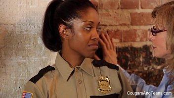 Ebony Babe gets DPd