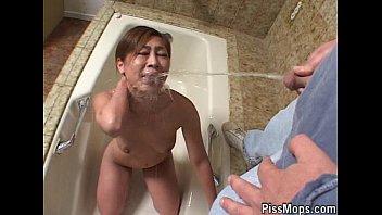 Yumi Bebendo Xixi