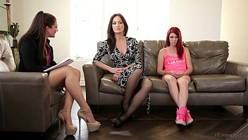 The Family Therapist - Elle Alexandra, Allie Haze, Angela Sommers