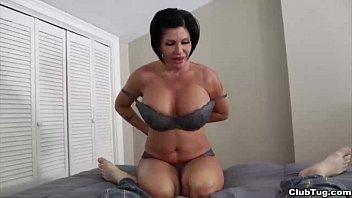 clubtug-Horny mature  lady handjob