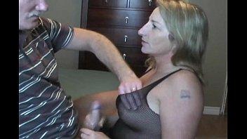 Mature woman do blowjob