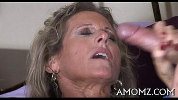 Mature goes wicked in a sex game 5 min