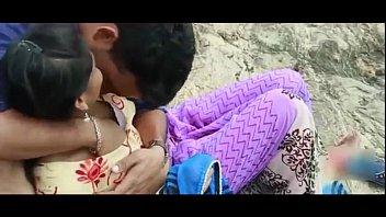 Desi Girl Romance With EX-Boyfriend in Outdoor - Hot Telugu Romantic Short Film 2017