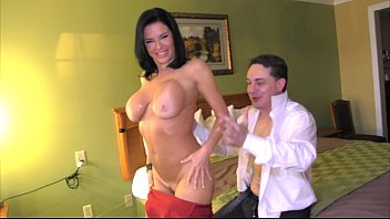 Squirting: Veronica Avluv cums in the mouth of Andrea Diprè
