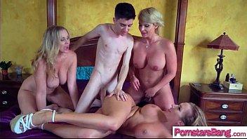 Gorgeous Slut Pornstar (Julia Ann & Phoenix Marie & Richelle Ryan) Get Hard Long Mamba Cock