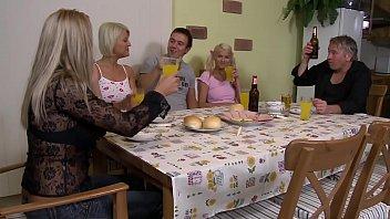 Stieftocher wird hart vom Stiefvater gefickt - HD german audio - eroticplanet 36 min