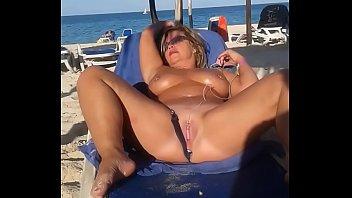 My slut wife is masturbating arrondissement people at the beach