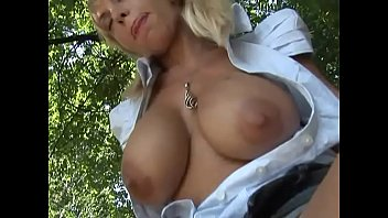 Outdoor public nudity and private vices Vol. 10