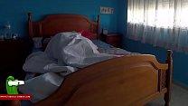 Follan en la cama de sus padres GUI00281