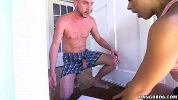 BANGBROS - Neighborly Teen Evelin Stone Returns Some Mail (bbe16051)