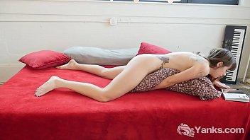 Yanks Beauty Hedera Helix Reads Porn