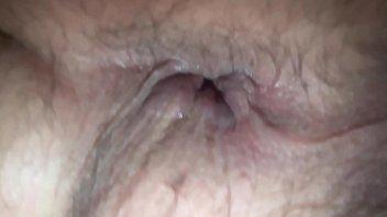 Me meto un pepino en el culo duele muchisimo