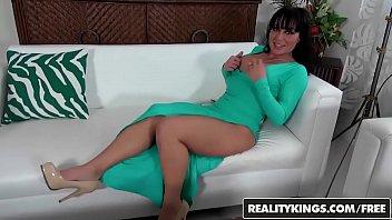 RealityKings - Milf Hunter - Levi Cash Mahina Zaltana - Sexy Slit