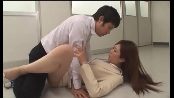 Japanese oops slipped in Part1  See Part2 at sexcambox.net 7 min