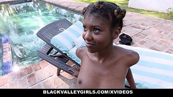 BlackValleyGirls - Hot Ebony Teen (Daizy Cooper) Fucks Swim Coach