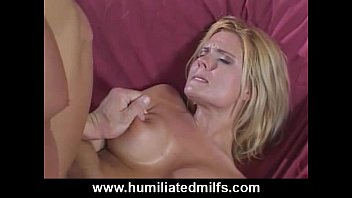 Milf's Screams From Her First Ever Anal