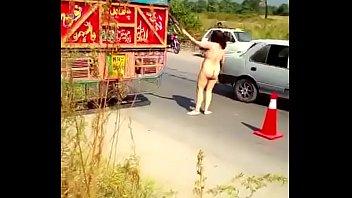 Paki aunty naked on express highway kicking cars