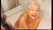 Blond Granny webcam