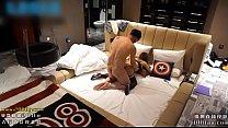 有钱人高级主题宾馆高价约炮已有男友的98年165苗条大波气质美眉换两套情趣连屌2次720P高清