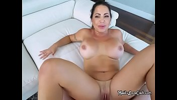 Hot Maid Julianna Vega Spreads Her Legs Wide For Boss