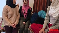 Arab muslim chicks fuck BBC before their prayer WTF