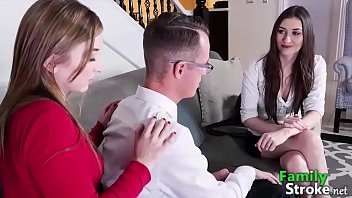 FamilySTROKE.net - Mom Therapy Stepsibling Relationship with Sex
