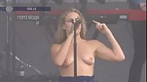 Tove Lo - Lollapalooza in Chicago - 2017-08-06 (uploaded by celebeclipse.com)