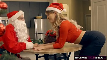 MomsTeachSex - Santa's Horny Helpers In Christmas Threesome S9:E7