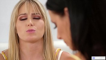 MOMMY'S GIRL - Lesbian Daughter found her Stepmom's diary - Scarlett Sage and Reagan Foxx