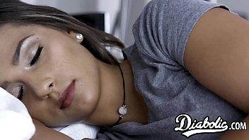 Nubile Jaye Summers seduced with stepdaddy big dick