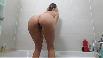 Girl farting in the shower