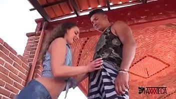 adolescente caliente con gran culo obtiene penetración anal b. por padrastro con polla negra FULL VIDEO ==>http://zo.ee/6CpOw