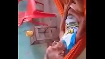 Abuela en la hamaca
