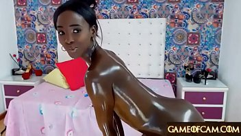 Jaw-dropping shining oily ebony college girl masturbates and squirts 3 min