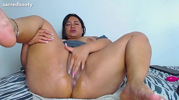 SacredBooty PiaLaDelicia aka Dirtyxbigassx aka Piahotmodel BIG ASS mega booty Colombian MILF BBW culona loca 12 min