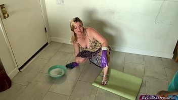 Stepmom gets fucked while cleaning the floor - Erin Electra