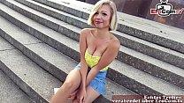 EroCom Date - Deutsche blonde teen schlampe abgeschleppt nach der disco und öffentlich an Berliner Siegessäule gefickt