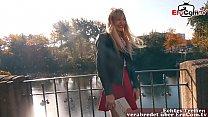 Blonde dünne Prostituierte auf der Straße abgeschleppt EroCom Date