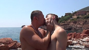Extrait exclusif   Lifeguard de Ridley Dovarez avec Kevin Ass & Mack Manus   Gaysight.com