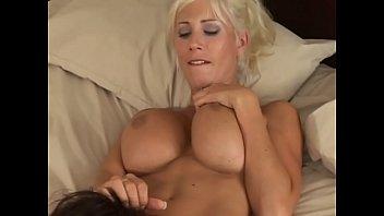 Deauxma in Lesbian strap-on #2