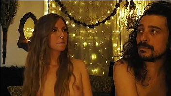 Join The Hippie Couple...It Will Be Freaky.... 1 h 58 min