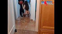 MaReL69 - SIGUEME EN TWITTER - RECIBO AL REPARTIDOR, Y LE HAGO UNA MAMADA RIQUISIMA ; video youtube: https://youtu.be/YE -HyX66dY ; suscribete y da me gusta para nuevos videos :P