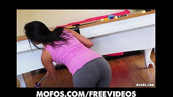 SEXY Spanish wife strips out of her yoga pants to ride dick